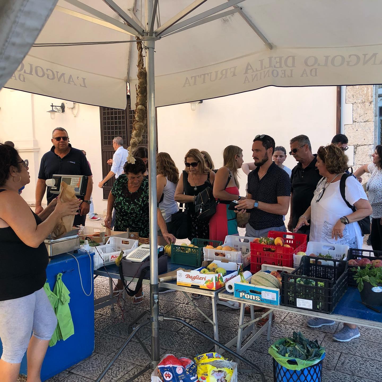 Sperlonga food market